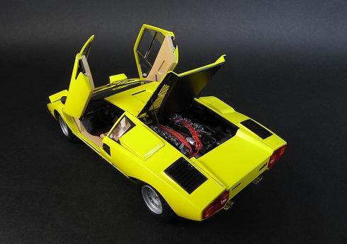 アオシマ カウンタック LP400
