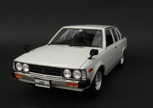 アオシマ カローラDX E70